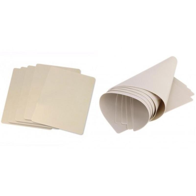 Коврик ( искусственная кожа) для практики без рисунка 15х20 см